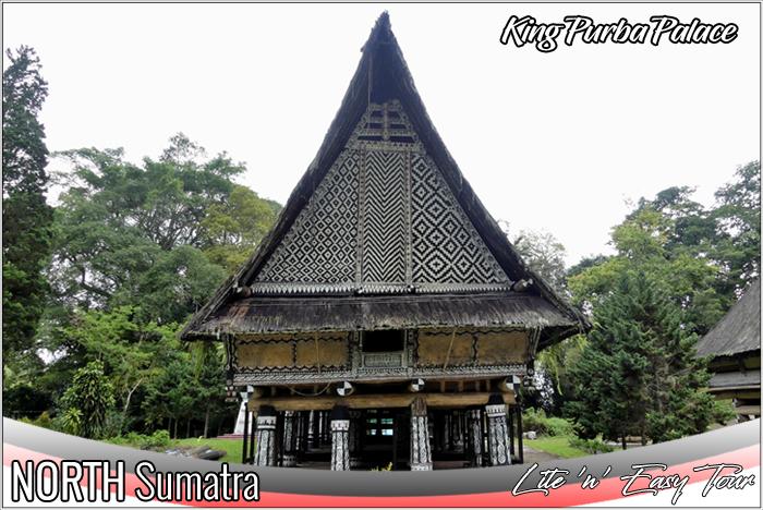 rumah bolon raja purba - king purba palace simalungun