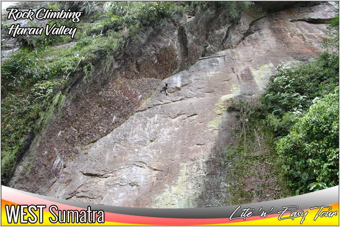 Rock Climbing Discover Harau Valley Payakumbuh West Sumatra Tourist Highlights